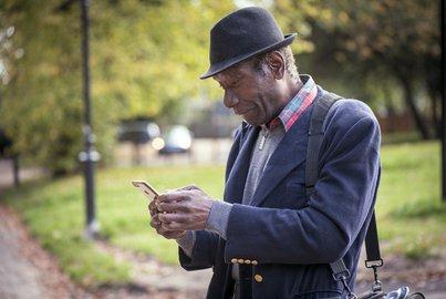 Man using smartphone.jpg